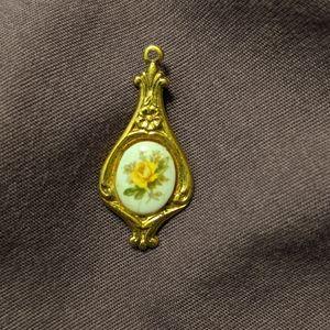 Vintage gold tone yellow rose charm